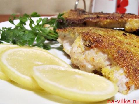 Рыба в панировке с лимоном