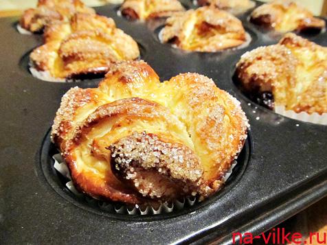 выпекать булочки с сахаром