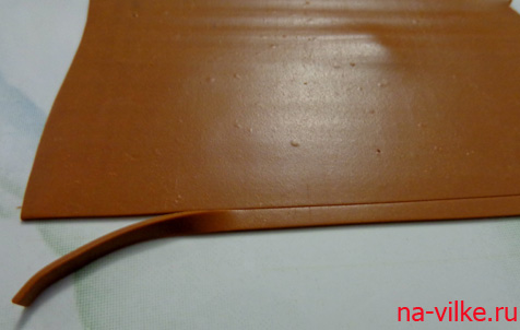 Раскатать полимерную глину