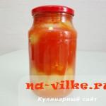 Перец фаршированный овощами в томатном соке - заготовки на зиму