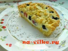 Тарт с рикоттой и ягодами