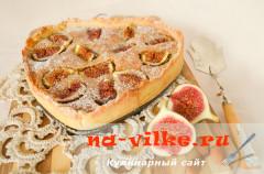 Пирог с инжиром и миндальным штрейзелем