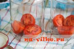 pomidory-s-lukom-01