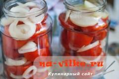 pomidory-s-lukom-03