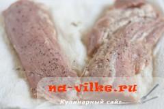 svinaya-vyrezka-v-apelsinah-03