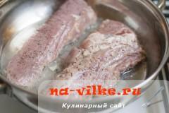 svinaya-vyrezka-v-apelsinah-04