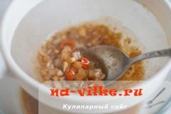 svinaya-vyrezka-v-apelsinah-11