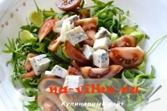 salat-s-kumato-i-gorgonzoloy-09