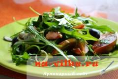 salat-s-kumato-i-gorgonzoloy-14