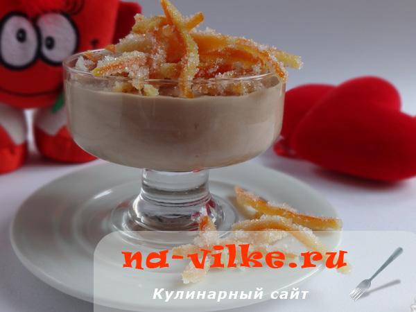 Мусс с молочным шоколадом и апельсиновым соком