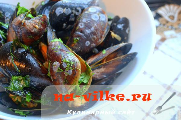 Черноморские мидии с вином