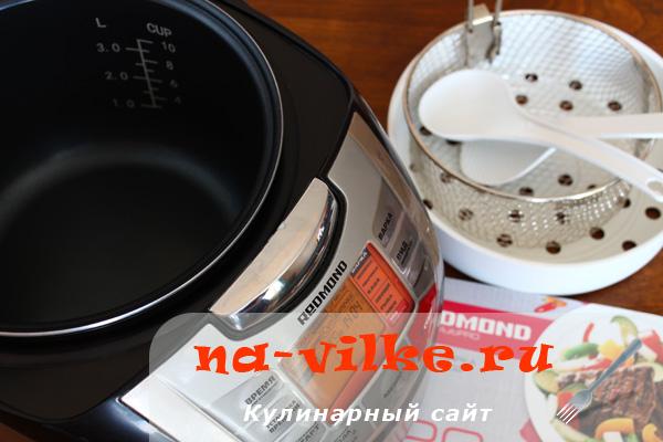 Мультиварка Redmond RMC M-4502
