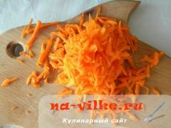 kartofel-s-gribami-v-gorshochkah-3