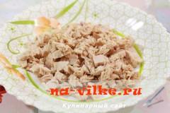 salat-iz-kuricy-s-ovoshami-1