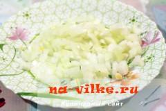 salat-iz-kuricy-s-ovoshami-2