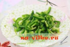 salat-iz-kuricy-s-ovoshami-4