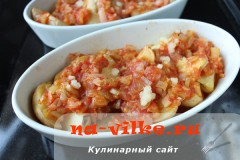kartofel-v-duhovke--s-sousom-09