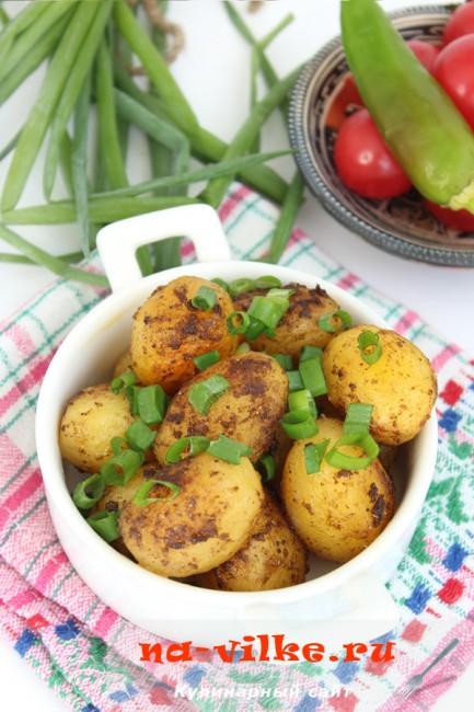 Жареный мелкий картофель целиком – готовим в мультиварке