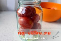marinovannie-pomidori-perec-luk-04