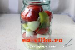 marinovannie-pomidori-perec-luk-05
