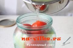 marinovannie-pomidori-perec-luk-10