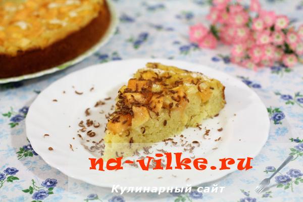Кусок пирога с дыней