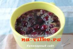 biskvit-s-varenoy-sgushenkoy-05