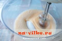 biskvit-s-varenoy-sgushenkoy-06