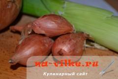 kak-rezat-luk-03