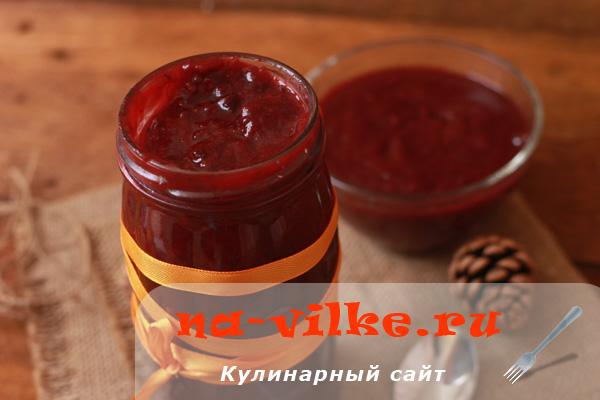 Яблочно-ягодное пюре