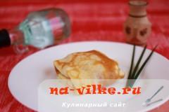 Тонкие блины на молоке в мультиварке с начинкой