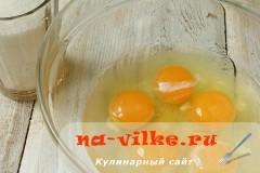 medovik-v-multivarke-04