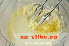 medovik-v-multivarke-14