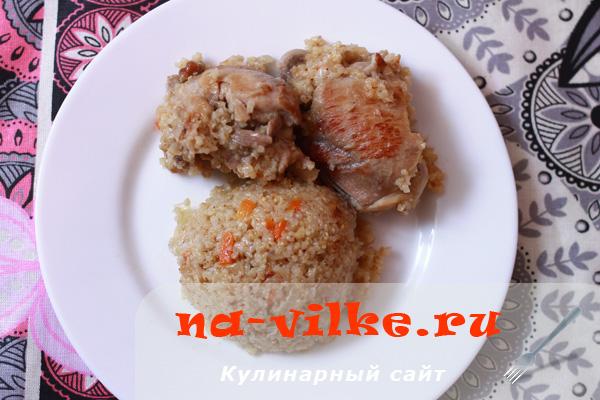 Аппетитная ячневая каша с курицей и овощами