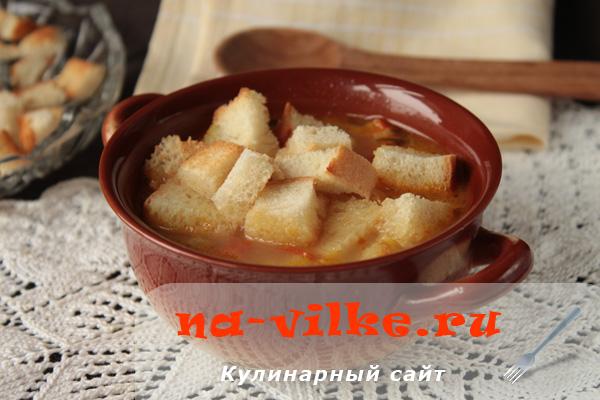 Приготовление диетического овощного супа с тертым сыром
