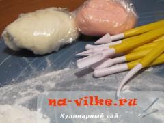 zaychik-iz-mastiki-06