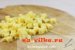 salat-iz-svekly-s-sirom-3