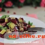 Салат из запеченной карамелизированной свеклы с сыром