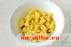 salat-romashka-06