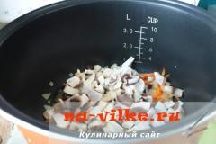 sup-s-shampinionami-v-multivarke-03