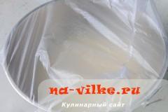 hleb-s-paprikoy-v-multi-07