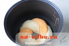 hleb-s-paprikoy-v-multi-16