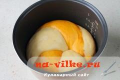 hleb-s-paprikoy-v-multi-18