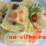 Вкусные домашние равиоли с кальмарами