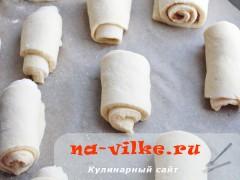 bulochki-iz-drozhevogo-testa-07