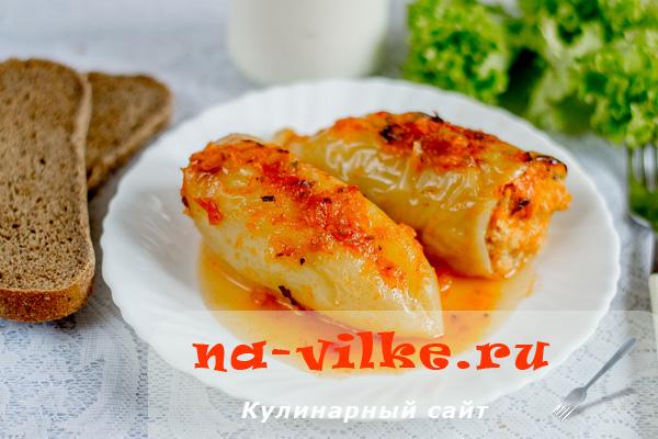 Болгарский перец с пшеном и куриным фаршем