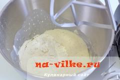 kulich-s-vishney-03