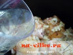 kurica-v-vine-5