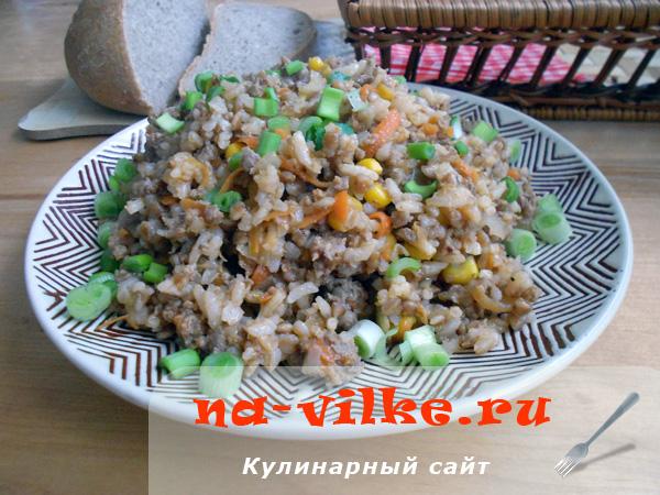 Рисово-гречневая каша с фаршем