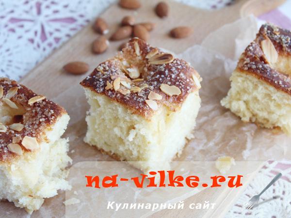 Готовим сладкий дрожжевой пирог в духовке